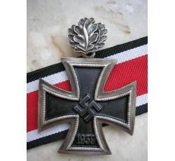 Knight's Cross with Oak Leaves