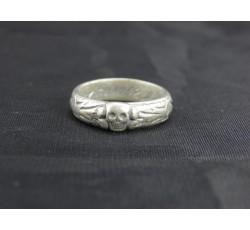 H. Himmler Waffen SS Totenkopf Silver Ring